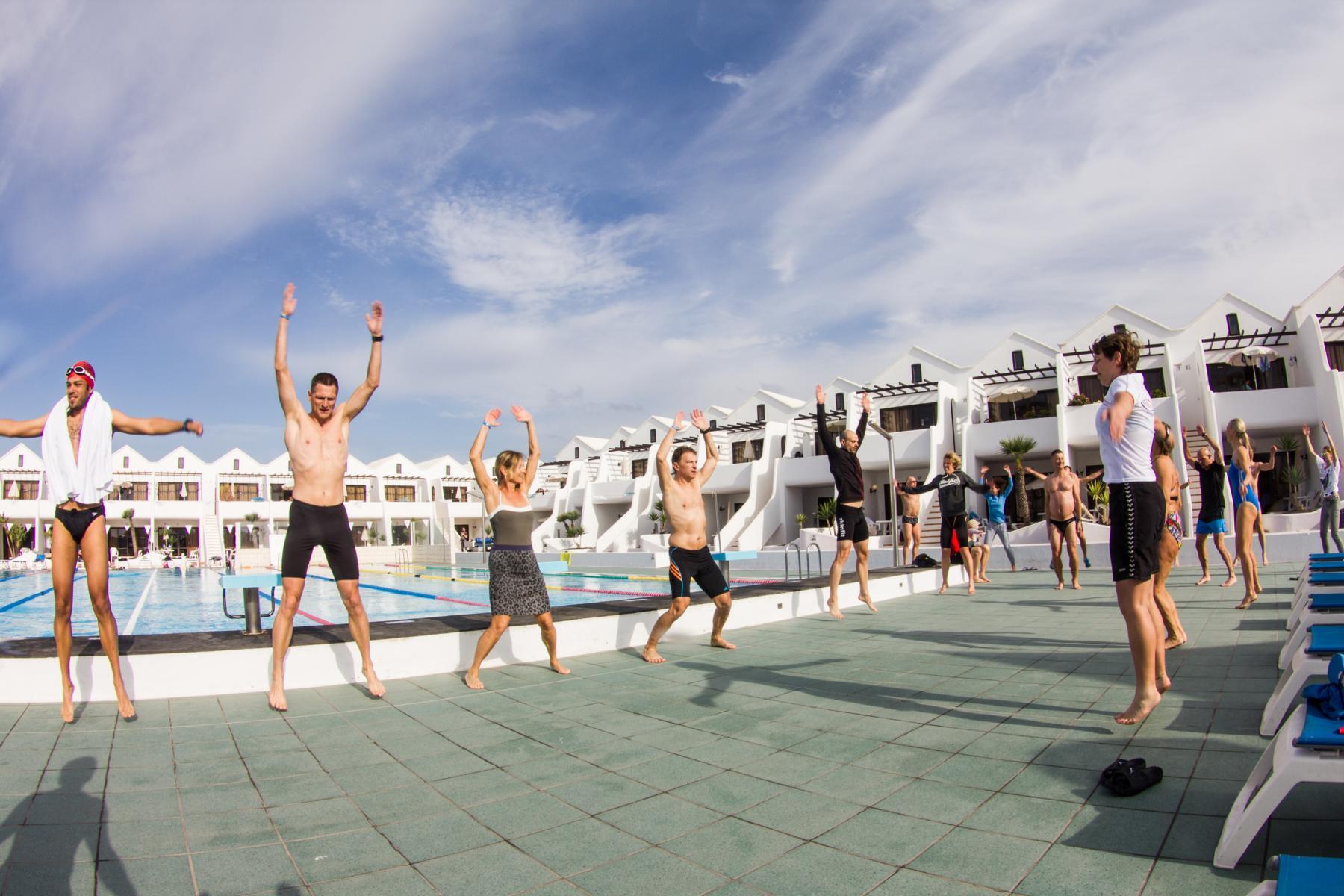 Swim-WarmUp-Pro.TrainingTours-TriathlonCamp